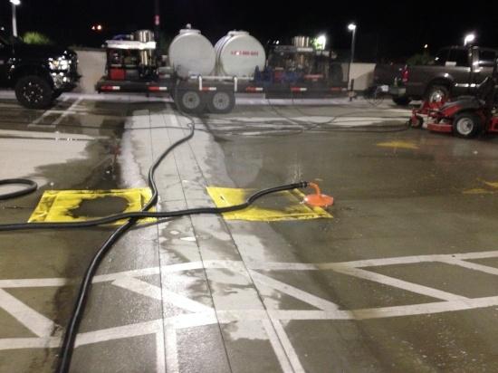 parking garage pressure cleaning